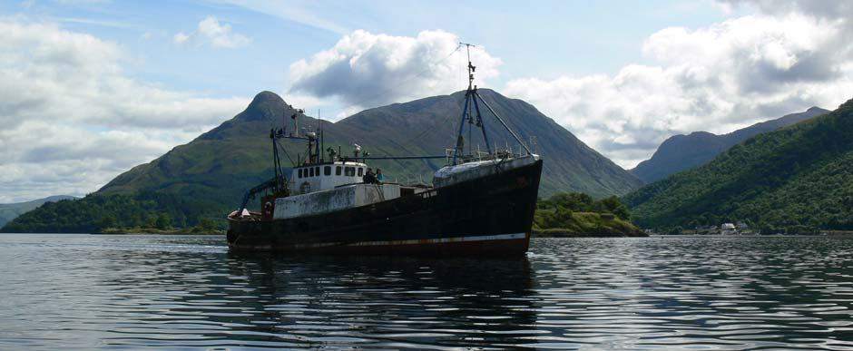 MV Dayspring   leaving Kinlochleven